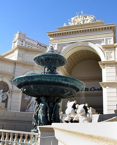 Front yard lion statues related keywords suggestions for Yard statues las vegas